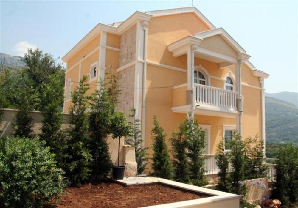 Недвижимость в черногории у моря недорого цены